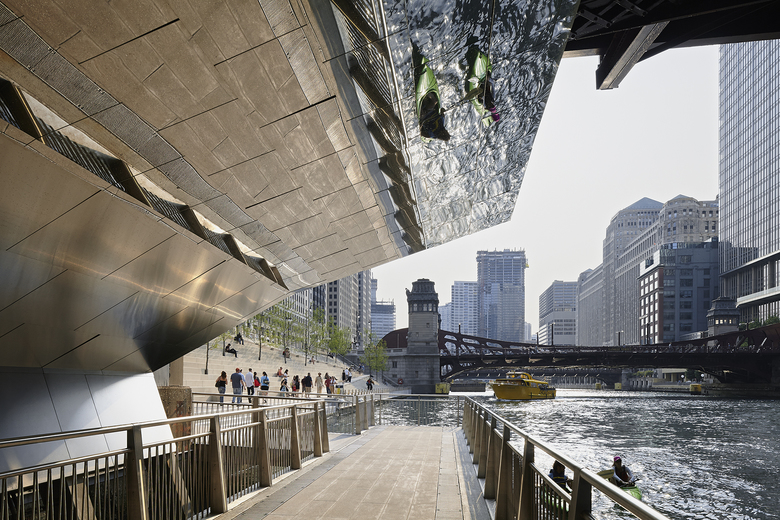 CHICAGO RIVERWALK, © IWAN BAAN AND KATE JOYCE STUDIOS